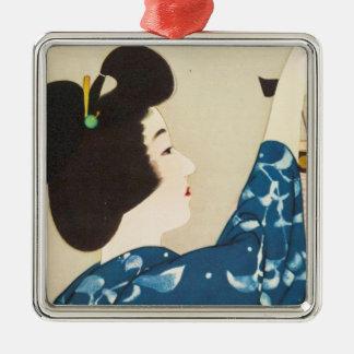 100 figures des beautés utilisant des kimonos de ornement carré argenté