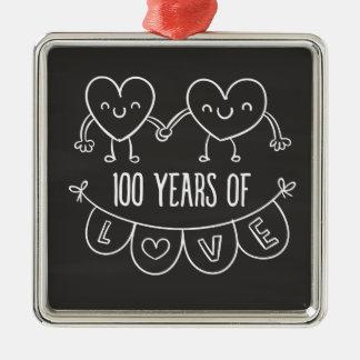 100th Coeurs de craie de cadeau d'anniversaire Ornement Carré Argenté