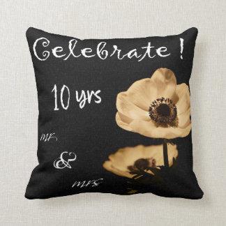 10ème carreau de célébration de mariage d'anémone coussins carrés
