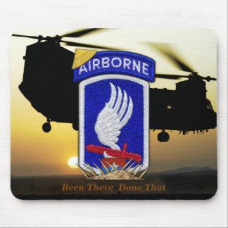 173rd vétérinaires aéroportés de guerre de nam du tapis de souris