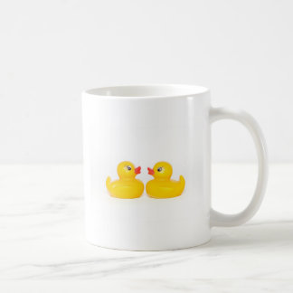 2 canards en caoutchouc dans l'amour mug