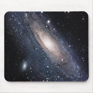 31 plus malpropres, la grande galaxie dans tapis de souris