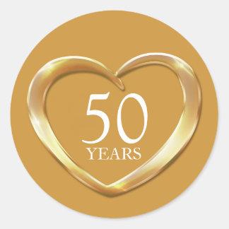 50 ans d'anniversaire d'autocollant d'or de coeur sticker rond