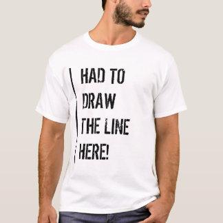 A dû tracer la ligne t-shirt