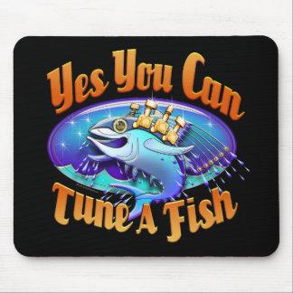 Accordez un tapis de souris de poissons