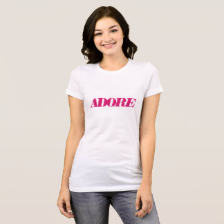 Adorez le T-shirt de bella