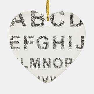 Affaires d'alphabet ornement cœur en céramique
