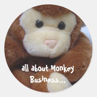 Affaires de singe drôles sticker rond