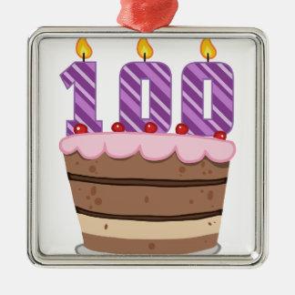 Âge 100 sur le gâteau d'anniversaire ornement carré argenté
