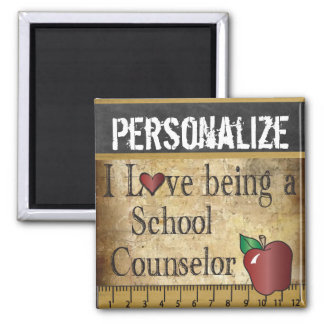 Aimant Amour étant un conseiller d'école
