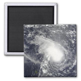 Aimant Cyclone tropical Gael approchant le Madagascar