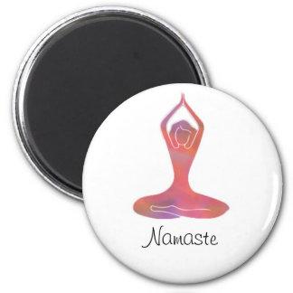 Aimant de Namaste de fille de yoga