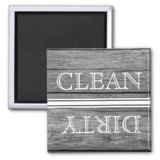Aimant en bois de lave-vaisselle de style propre