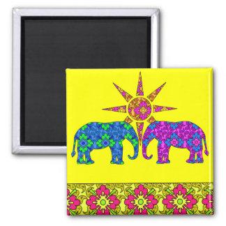 Aimant Jaune coloré lumineux lunatique d'éléphants de