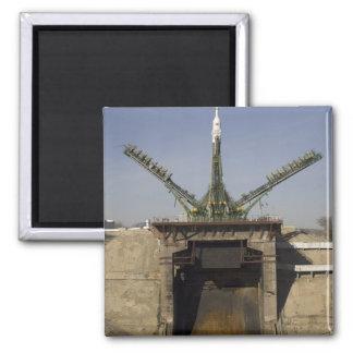 Aimant La fusée de Soyuz est érigée en le place 3