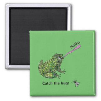 Aimant La grenouille attrape l'insecte de haiku !