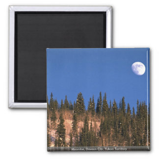 Aimant Lever de la lune, ville de Dawson, territoire de