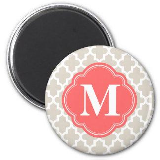 Aimant Monogramme marocain moderne beige et de corail de