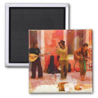 Aimant Musiciens de rue jouant la mandoline et la