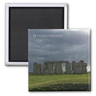 Aimant Nuages de tempête au-dessus de Stonehenge