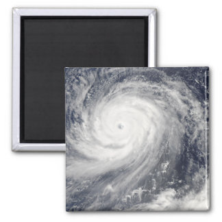 Aimant Ouragan Choi-WAN à l'ouest des îles Mariannes