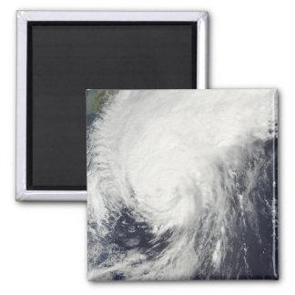 Aimant Ouragan Melor approchant le Japon
