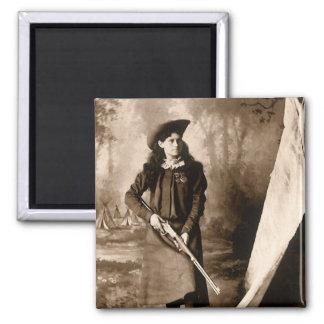 Aimant Photo vintage de Mlle Annie Oakley Holding un