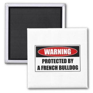 Aimant Protégé par un bouledogue français