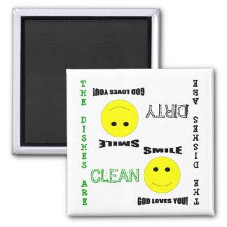 Aimant sale propre de lave-vaisselle d'église