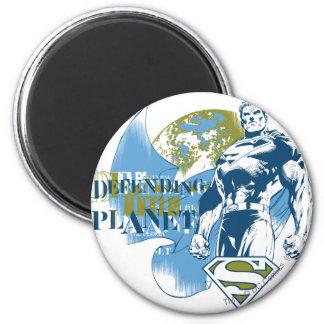 Aimant Superman   défendant la planète