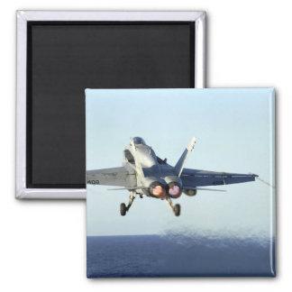 Aimant Un frelon de F/A-18C lance du poste de pilotage