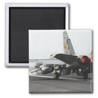 Aimant Un frelon de F/A-18C lance du poste de pilotage 2