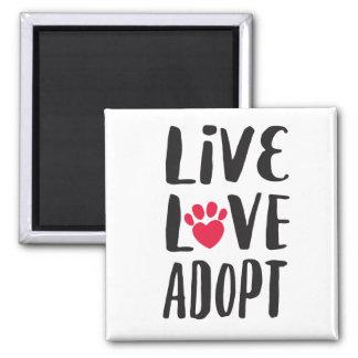 Aimant Vivant. Amour. Adoptez l'adoption d'animal