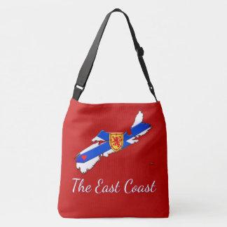 Aimez le rouge croisé de sac de la Nouvelle-Écosse