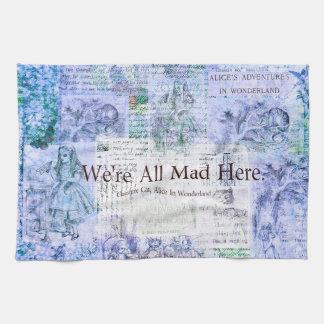 Alice au pays des merveilles nous sommes tous fous serviette éponge