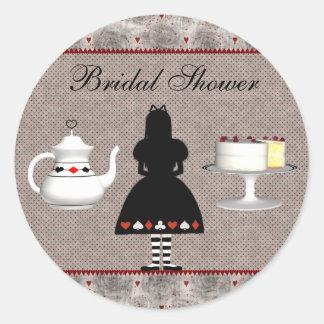Alice au thé nuptiale de douche du pays des sticker rond