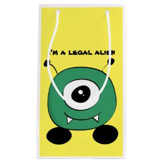 Alien vert drôle mignon petit sac cadeau