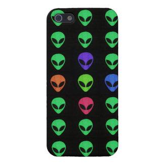 Aliens d'un cas différent de l'iPhone 5 de couleur Coque iPhone 5