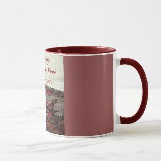 Allez juste de pair avec l'écoulement mug