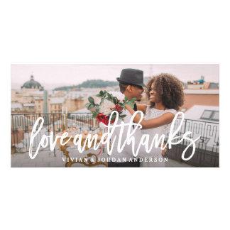 Amour balayé et mercis épousant le carte photo