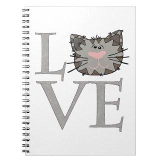 Amour, carnet gris de visage de chat