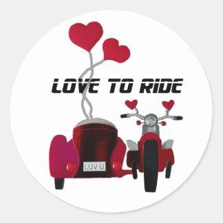 Amour pour monter des autocollants de motos de