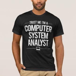 Analyste fonctionnel de système informatique t-shirt