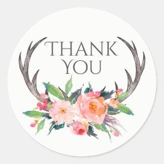 Andouillers rustiques avec le Merci rose de Sticker Rond