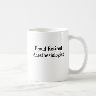 Anesthésiste retraité fier mug