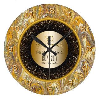 Anniversaire de mariage élégant d'or cinquantième grande horloge ronde