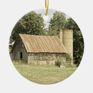Antiquité de grange de Strafford MOIS Ornement Rond En Céramique