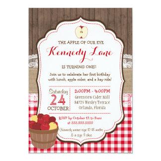 Apple de notre invitation rustique d'anniversaire