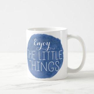 Appréciez les petites choses mug
