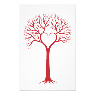 arbre d'amour rouge avec des branches de coeur papeterie